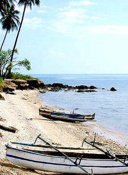 Pantai Leato