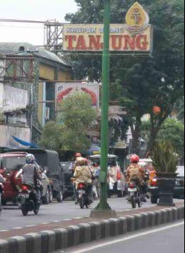 Toko Tanjung