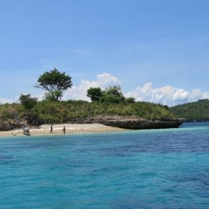 Pulau Petelu