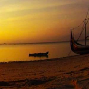 Sunrise Pantai Gili LAbak