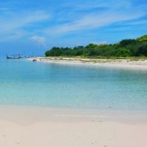 Pulau Gili Labak