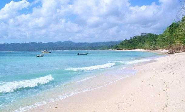 Pantai Plengkung (G-Land)